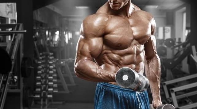 Jak ćwiczyć biceps?