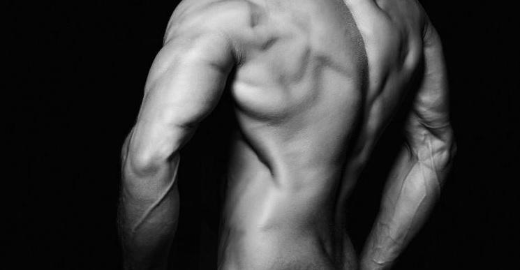 Od czego zacząć? Ćwiczenia na triceps dla początkujących